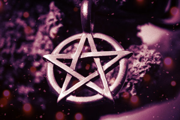 Pentacles and Pentagrams, What Do They Mean?